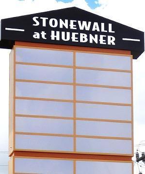 Stonewall @ Huebner